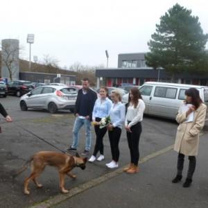 Die Hundestaffel zu Besuch in der Erich Kästner Schule