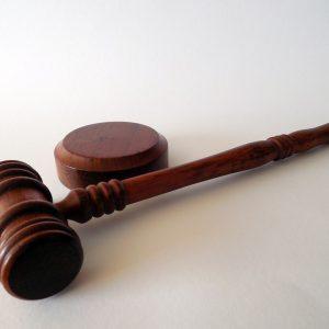 Besuch bei Gericht
